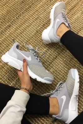 Nike Duralon Gri Beyaz